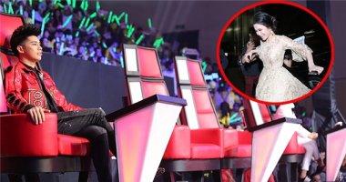 Đông Nhi - Ông Cao Thắng đi trễ trong đêm chung kết The Voice Kids