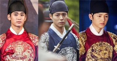 """""""Thái tử"""" Park Bo Gum """"cân"""" cả dàn đàn anh mĩ nam quân vương"""