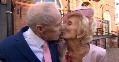 """Ngưỡng mộ đám cưới cặp đôi """"ngoại bát tuần"""" sau 65 năm đính ước"""