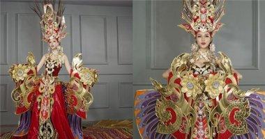 Bộ quốc phục nặng 45 kí của Khả Trang gây tranh cãi dữ dội