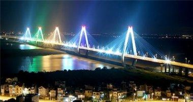 Hồi hộp đón chờ cầu Nhật Tân được trang trí bằng đèn led lấp lánh