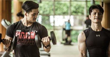 Dustin Nguyễn tích cực tập luyện cùng Thiên Nguyễn cho dự án 700 tỷ
