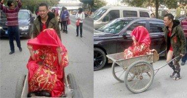 """Ngỡ ngàng với đám rước dâu bằng xe phụ hồ của """"chú rể nghèo"""""""