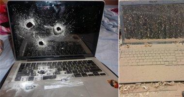"""Dở khóc dở cười với đủ kiểu """"ngược đãi"""" laptop"""