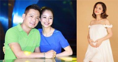 Ông xã Jennifer Phạm hạnh phúc khi vợ hạ sinh con trai trong đêm Noel