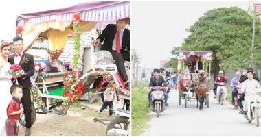 Dùng xe ngựa rước dâu, cô dâu ái ngại đến mức không dám bước lên
