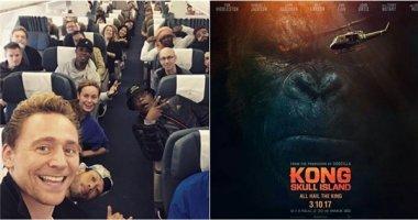 """Sao""""Kong: Skull Island"""" khoe ảnh đến Việt Nam trước ngày phim ra mắt"""