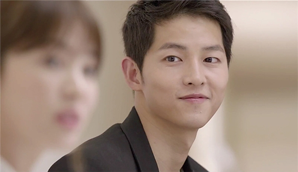 """""""Phát sốt"""" trước thân hình vạm vỡ của mĩ nam Song Joong Ki"""