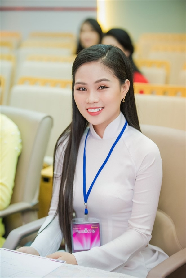 Bản sao của Đặng Thu Thảo bất ngờ rút khỏi danh sách Hoa hậu Việt Nam