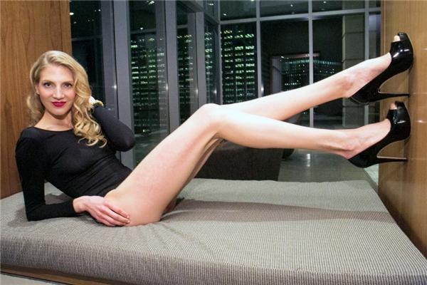 """Người đẹp Brooke Bankervà """"vốn trời cho"""".(Ảnh: Internet)"""