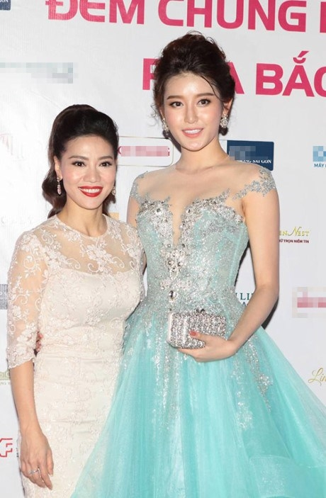 Huyền My xuất hiện lộng lẫy cuốn hút tạiđêm chung khảo phía Bắc Hoa hậu Việt Nam 2016.