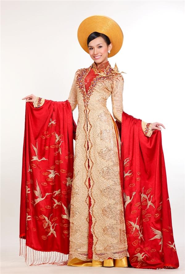 Khán giả có thể quyết định trang phục dân tộc của Việt Nam tại HHHV