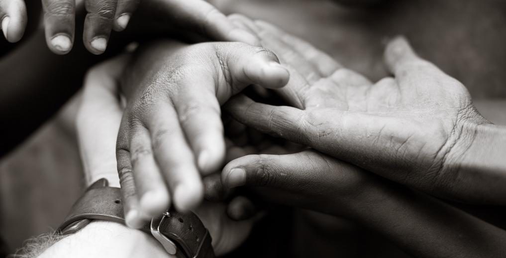 Đóng góp cho xã hội và cộng đồng quanh bạn là một nghĩa vụ bắt buộc mà mỗi con người cần hiểu rõ.