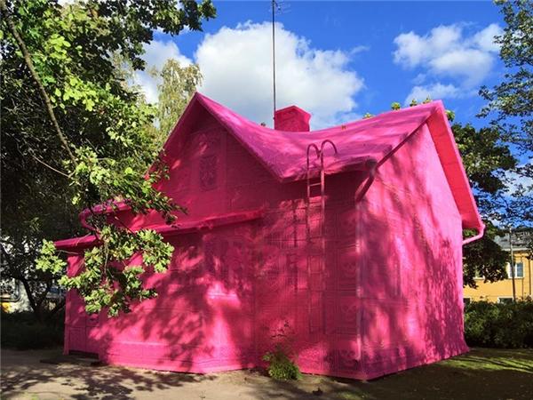 Ngôi nhà màu hồng rực rỡ mang ý nghĩa nhân văncao đẹp.