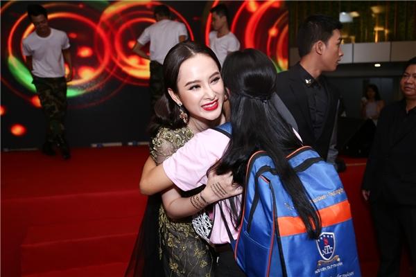 """Angela Phương Trinh khen ngợi Võ Cảnh là """"chuẩn soái ca và đúng gu"""" - Tin sao Viet - Tin tuc sao Viet - Scandal sao Viet - Tin tuc cua Sao - Tin cua Sao"""