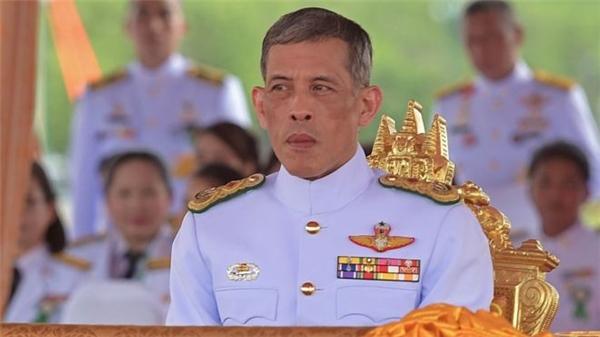 Hoàng thái tửMaha Vajiralongkornchính thức trở thành tân vương của Thái Lan.