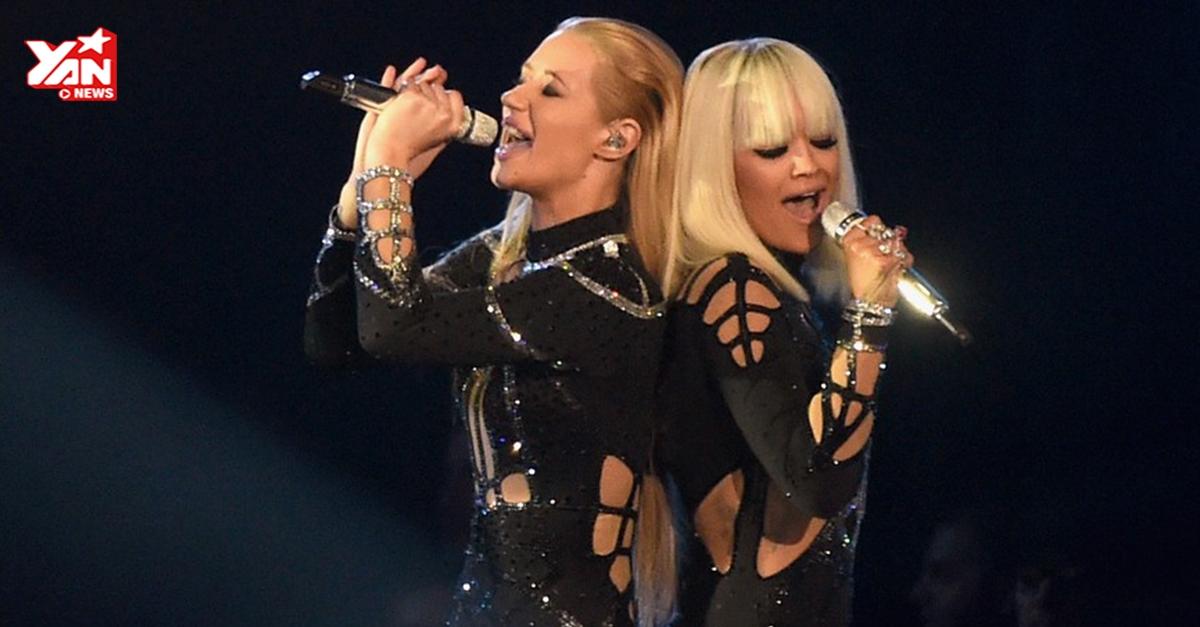 """[VMAs 2014] Iggy Azalea tái hiện """"Góa phụ đen"""" cùng Rita Ora trên sân khấu VMAs"""