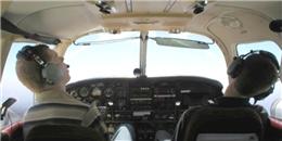 Phi công ngủ gật, máy bay rơi tự do 1.500 mét