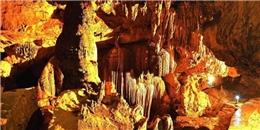 Phát hiện hang động núi lửa đẹp nhất Đông Nam Á ở Việt Nam