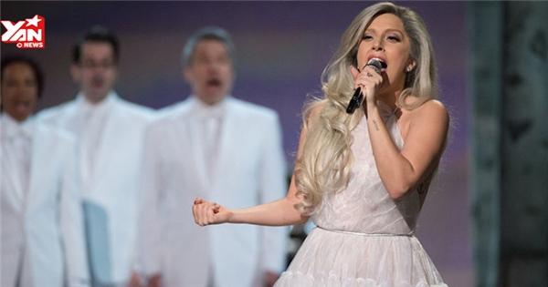 Oscar 2015 Phần 2: Lady Gaga bỗng dưng thùy mị hớp hồn người hâm mộ