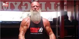 Cơ bắp cuồn cuộn của ông lão 62 tuổi khiến thanh niên phải ghen tị