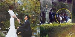 Rò rỉ ảnh cưới hiếm hoi của Bae Yong Joon và Park Soo Jin