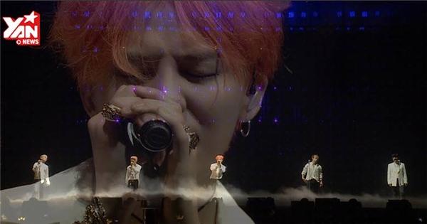 """BigBang trình diễn live khiến fan """"gục ngã"""""""