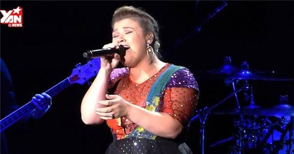 Không thể nhận ra bài hit của Taylor Swift qua giọng hát của Kelly Clarkson