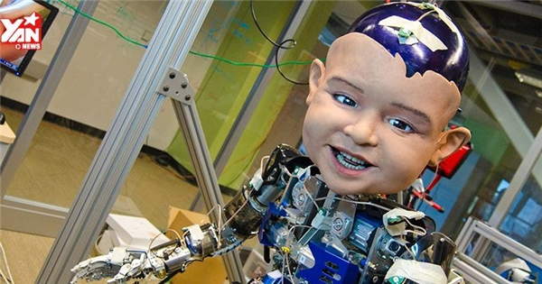Xuất hiện robot trẻ em thể hiện cảm xúc như người thật