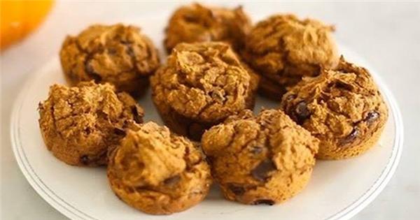 Cách làm bánh muffin bí ngô hạt sô-cô-la