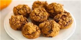 Cách làm bánh muffin bí ngô hạt sô-cô-la 'dễ như trở bàn tay'