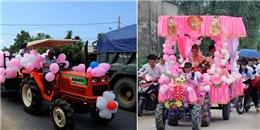 Lại thêm một màn rước dâu độc đáo bằng máy cày ở Nghệ An