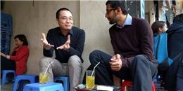 """Cư dân mạng """"ngã gục"""" trước hình ảnh dân dã của CEO Google tại Hà Nội"""