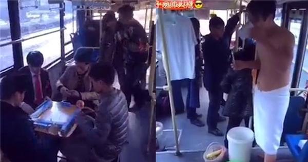 Sốc với thanh niên tẳm rửa, sinh hoạt trên xe buýt như ở nhà