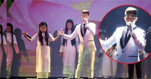 Noo Phước Thịnh hát