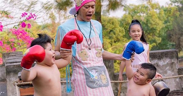 Bảo mẫu Hoài Linh trổ tài dạy võ cho Ku Tin, Simba