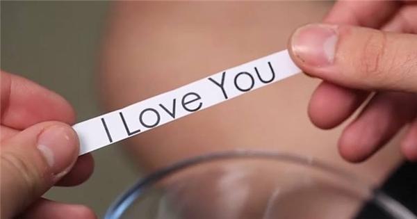"""Những thông điệp ý nghĩa đằng sau câu """"I Love You"""" bạn chưa hề biết"""