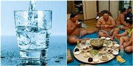 Đừng uống nước khi ăn để khỏe mạnh và sống thọ như người Nhật
