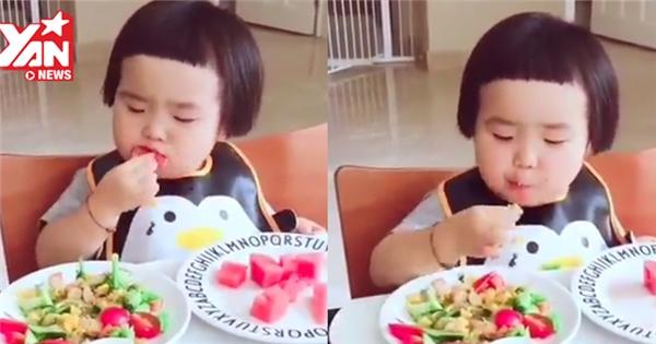Phát hờn với clip bé gái mũm mĩm ăn