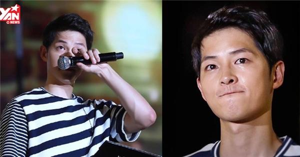Fan xót xa chứng kiến Song Joong Ki bật khóc nức nở