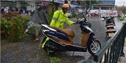 Cảm động câu chuyện cứu người giữa Hà Nội những ngày bão giông