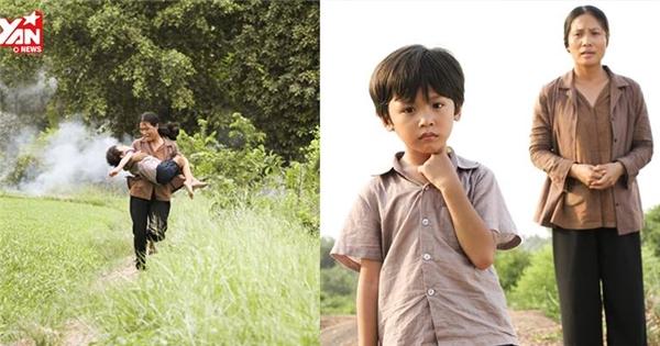 Phim về cậu bé không thể đi quá 10 bước chân gây nghẹn ngào