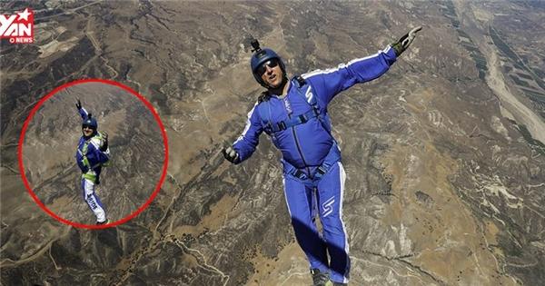 Chóng mặt với màn rơi tự do từ độ cao 7600m mà không cần dù