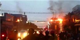 Dây điện cháy như pháo hoa ở Sài Gòn, người dân hoảng hốt tháo chạy