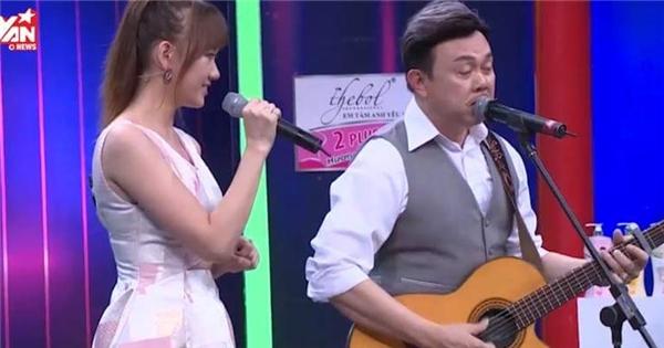 Chí Tài - Hari Won bất ngờ song ca Anh cứ đi đi bản Việt - Hàn đầy tình cảm