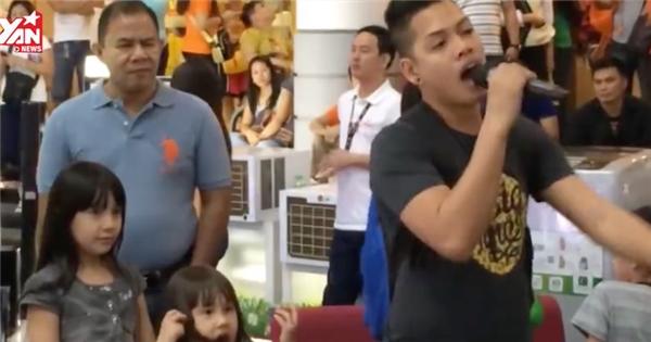 Chàng trai có 2 giọng hát khiến hàng triệu người sững sờ