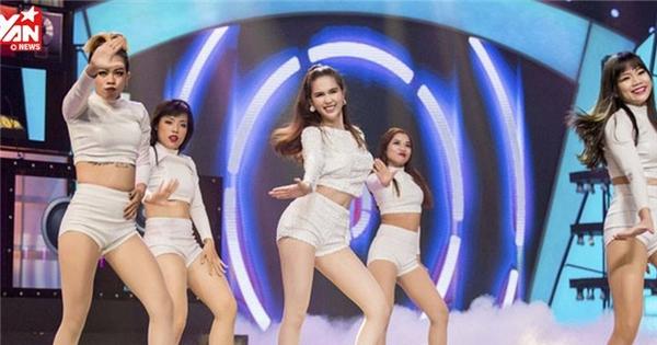 """Ngọc Trinh hóa Black Pink phiên bản sexy tự tin nhảy """"Boombayah"""""""