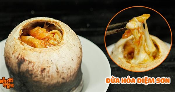 """[Nhòm Nhèm] Tuyệt chiêu làm dừa hỏa diệm sơn đang """"sốt xình xịch"""" ở Sài Gòn"""